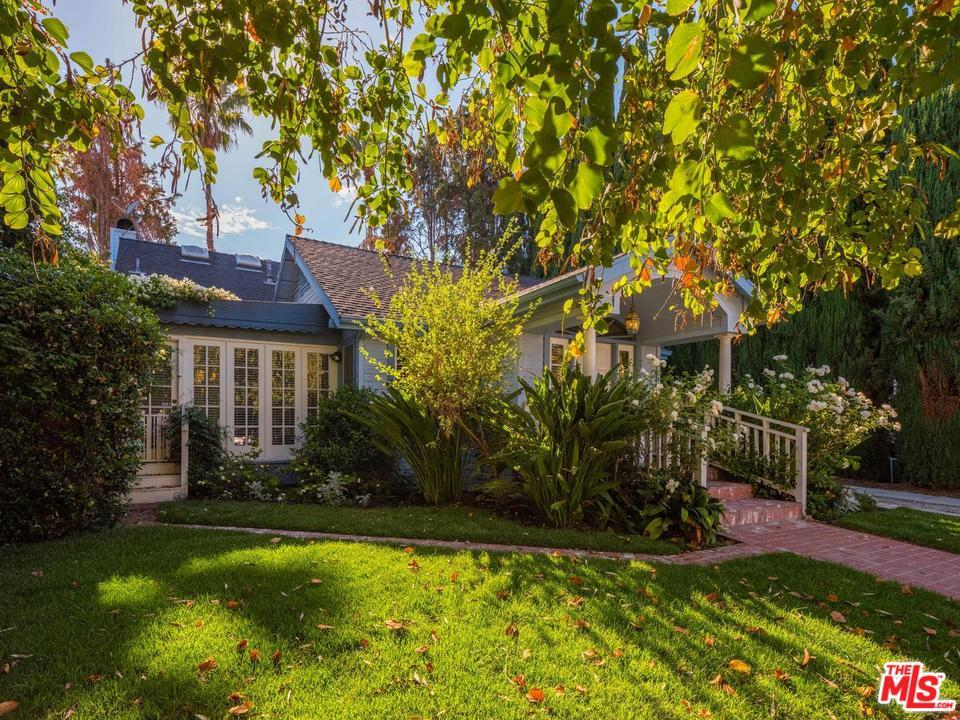 823 Westbourne Drive West Hollywood, CA 90069