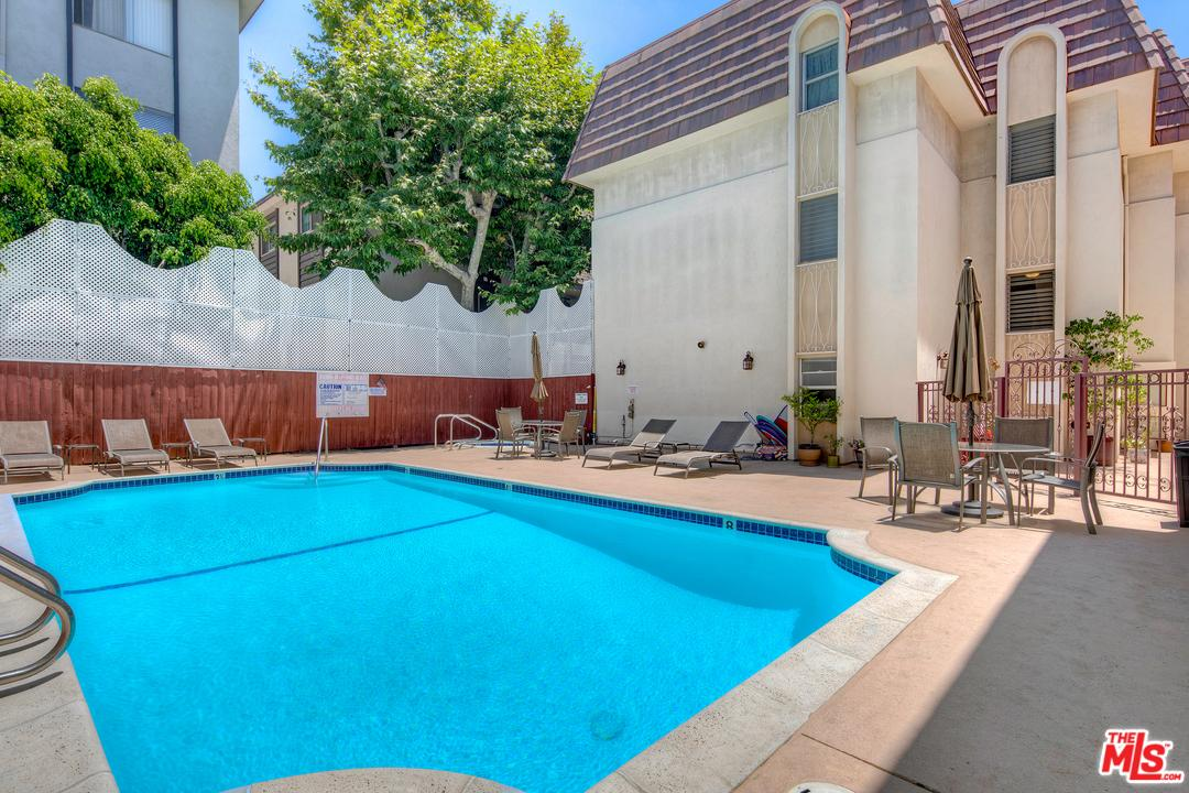 5625 Sumner Way 201 Culver City, CA 90230