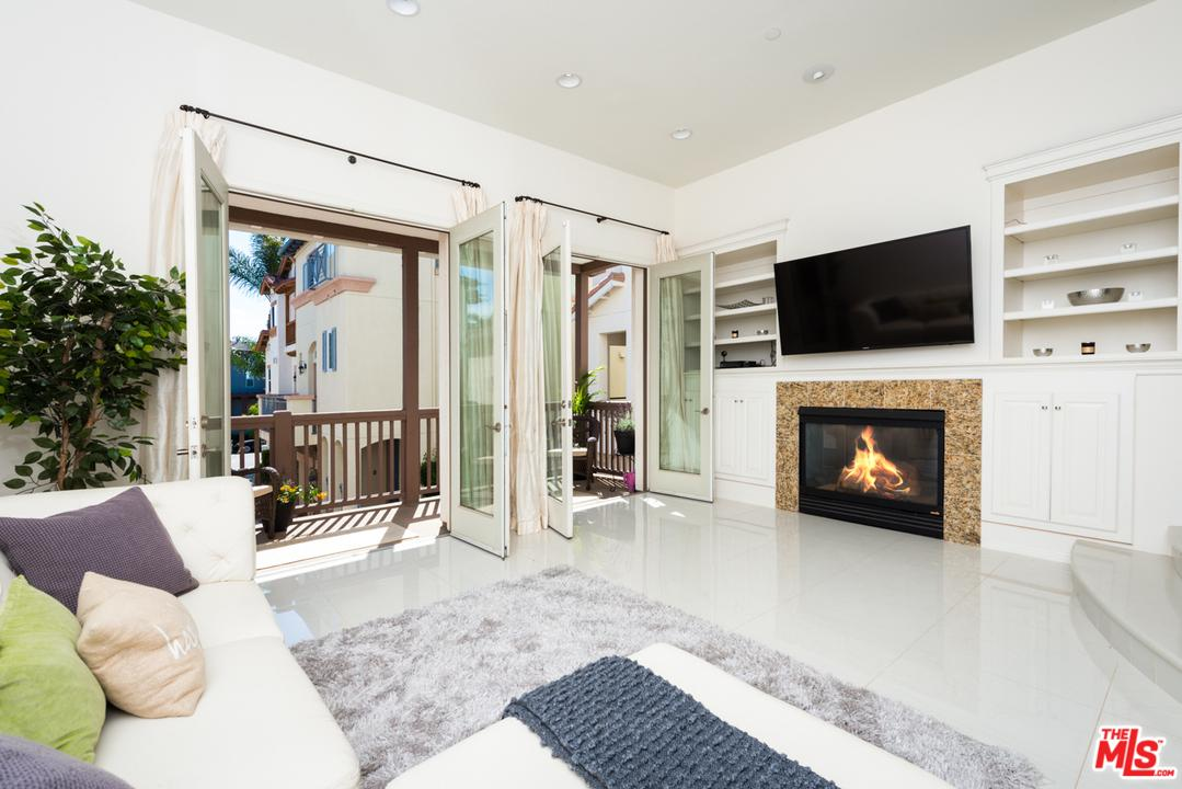 Pool property for sale at 5856 KIYOT WAY, Playa Vista California 90094
