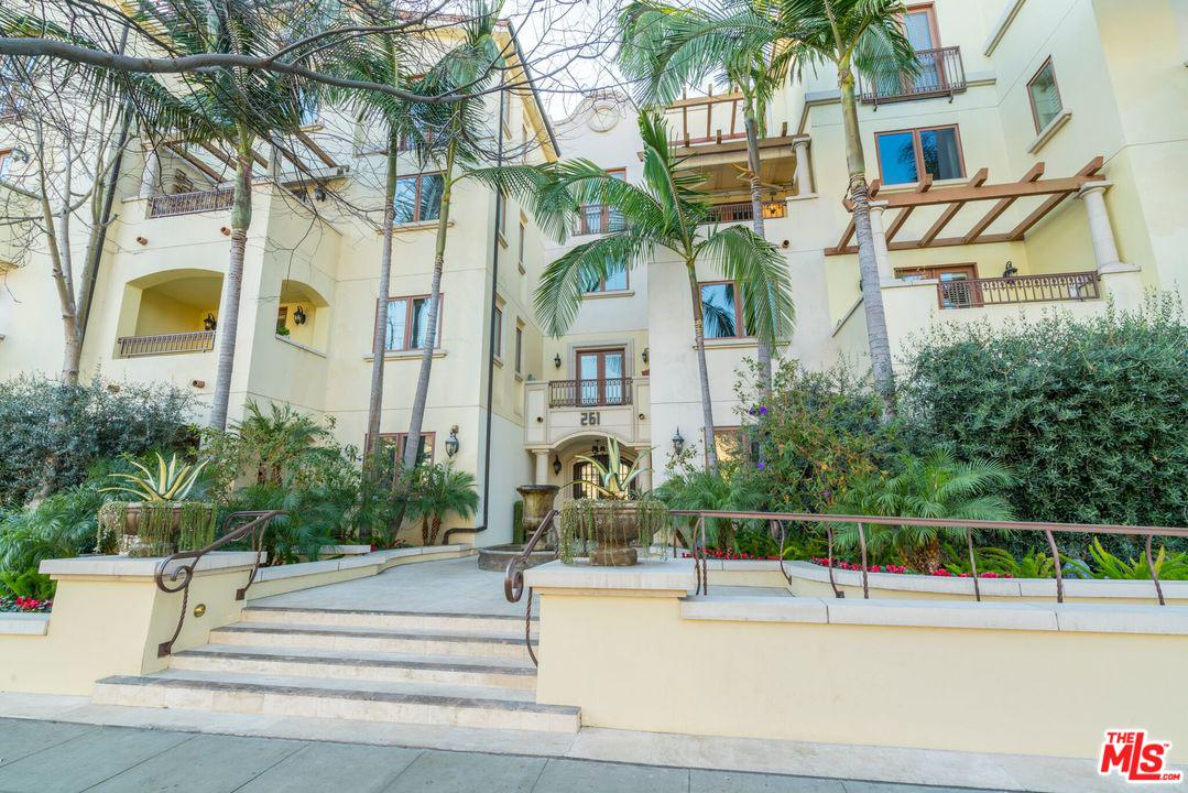 261 South REEVES Drive 101, Beverly Hills in Los Angeles County, CA 90212 Home for Sale
