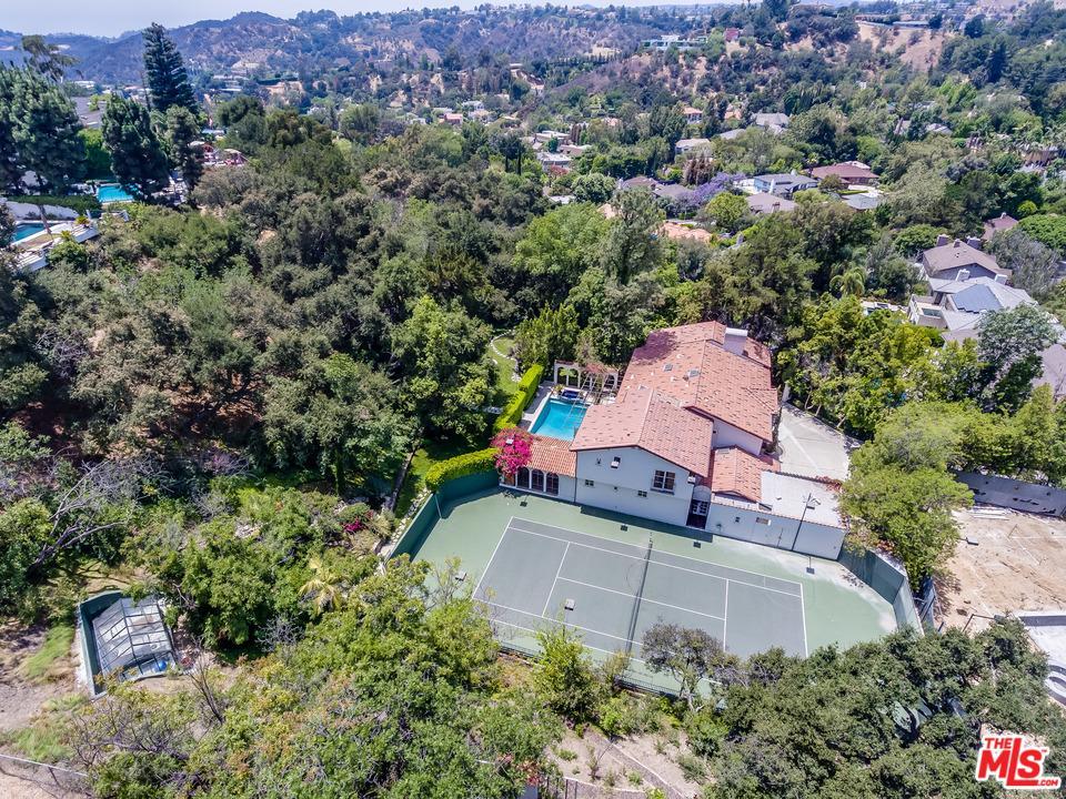 9770 SUFFOLK Drive, Beverly Hills, California