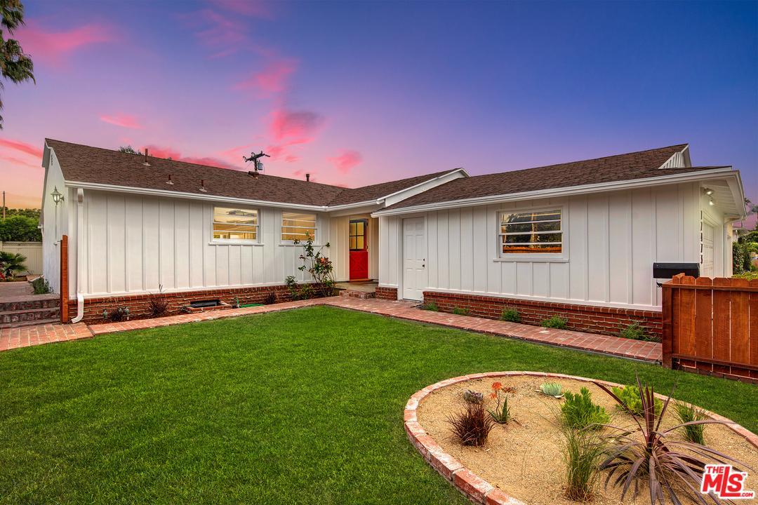 Cul de Sac property for sale at 12475 BEATRICE Street, Mar Vista California 90066