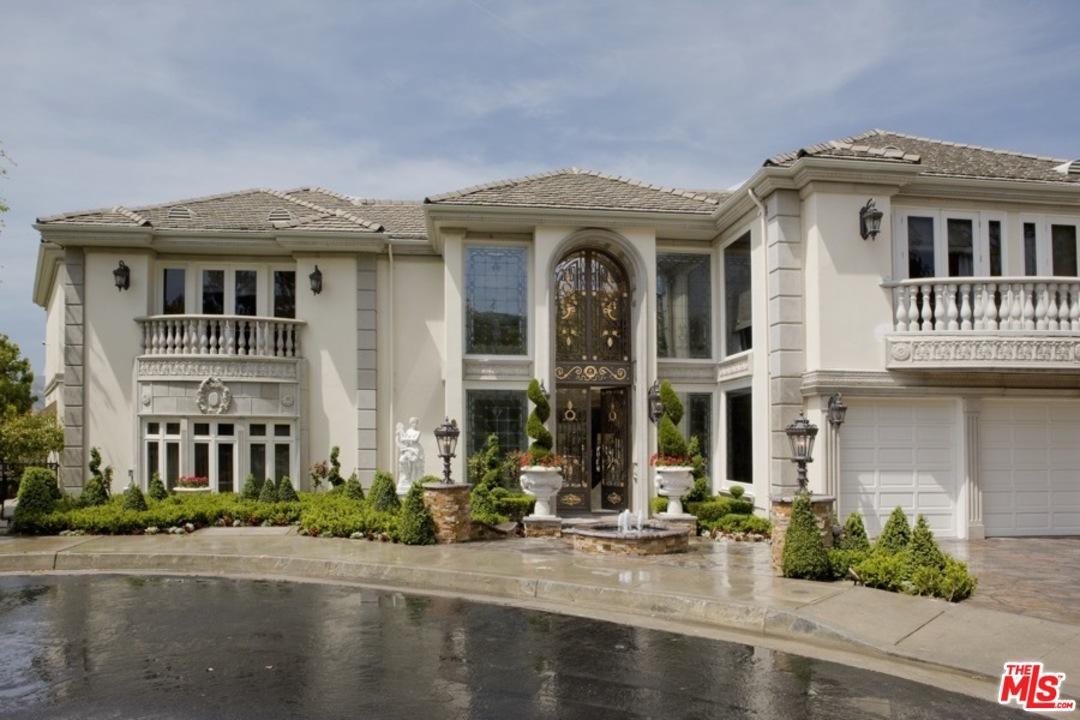 2341 WEYBRIDGE Lane, Bel Air in Los Angeles County, CA 90077 Home for Sale