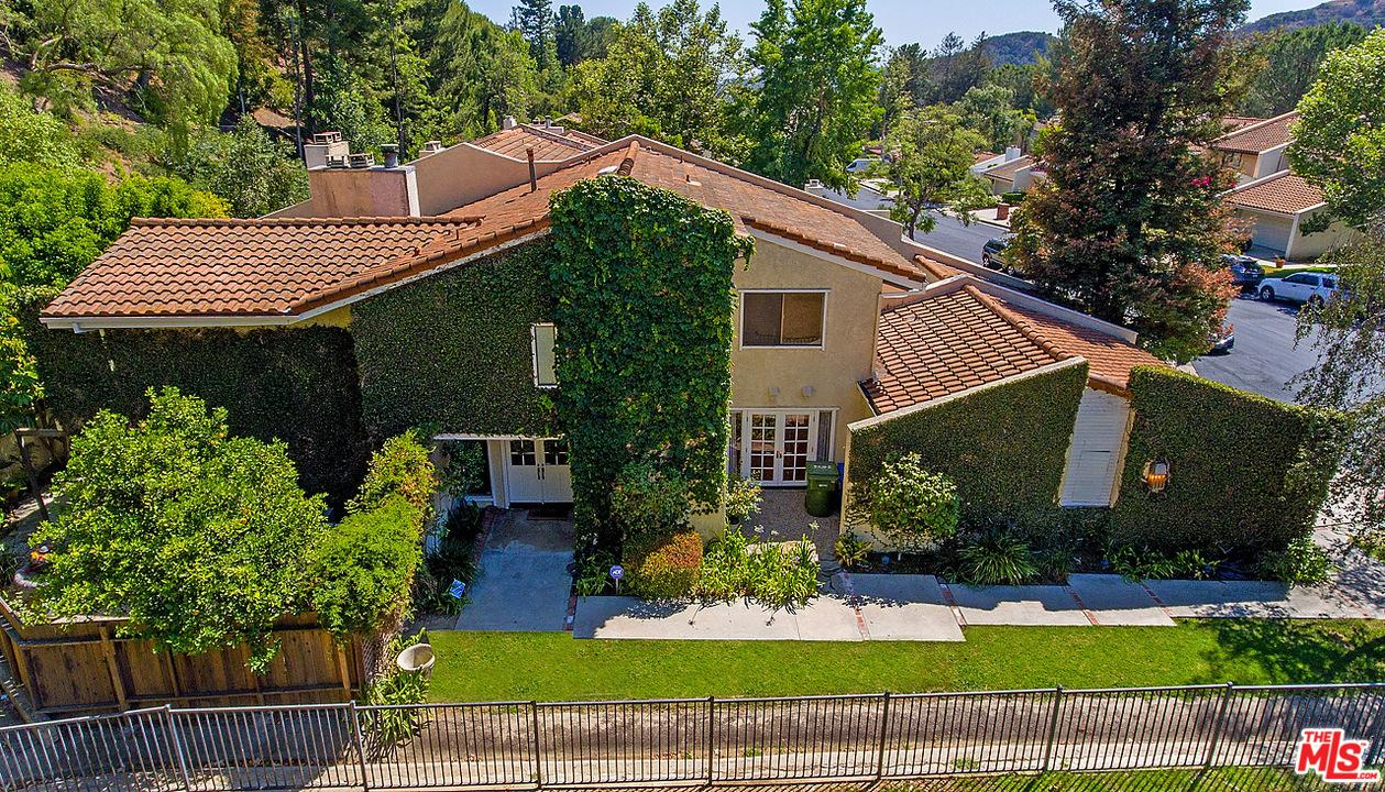 2562 ALMADEN Court, Bel Air, California