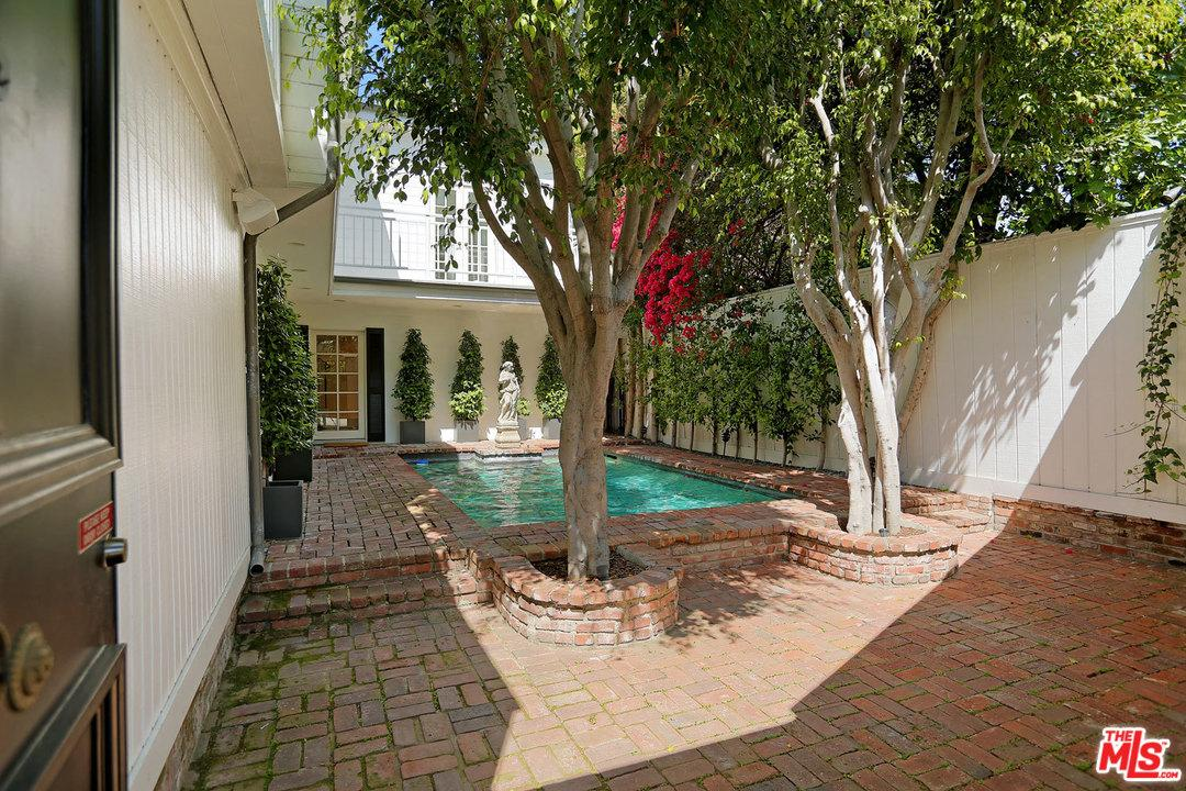 1129 BENEDICT CANYON Drive, Beverly Hills in Los Angeles County, CA 90210 Home for Sale