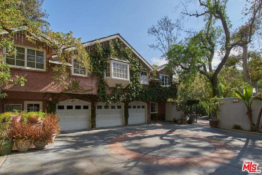 2627 BENEDICT CANYON Drive, Beverly Hills in Los Angeles County, CA 90210 Home for Sale