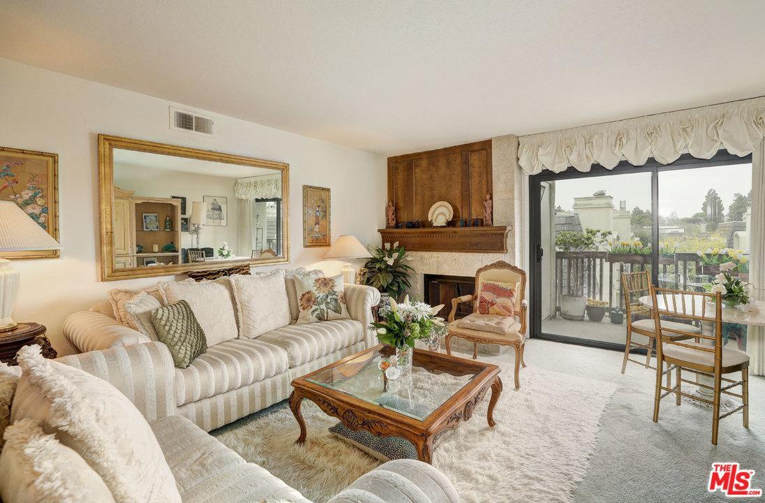 8601 Falmouth Avenue 324 Playa Del Rey, CA 90293