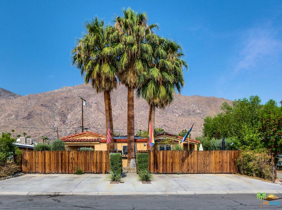 583 South Calle Abronia Palm Springs, CA 92264