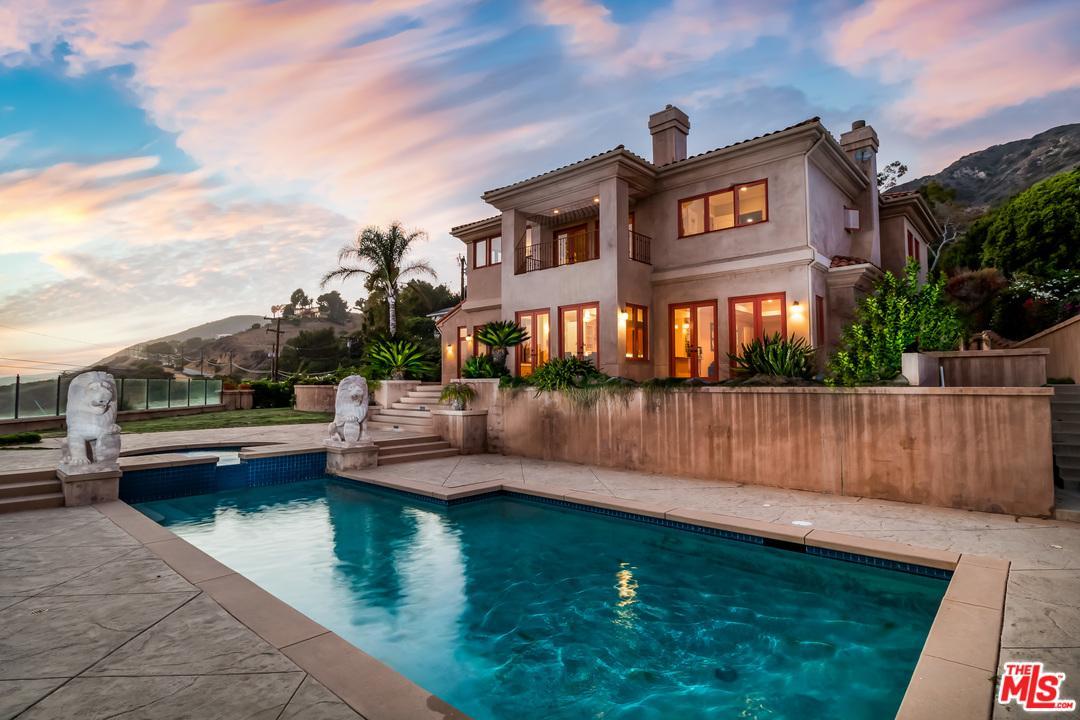 4996 PUESTA DEL SOL Street, Malibu, California