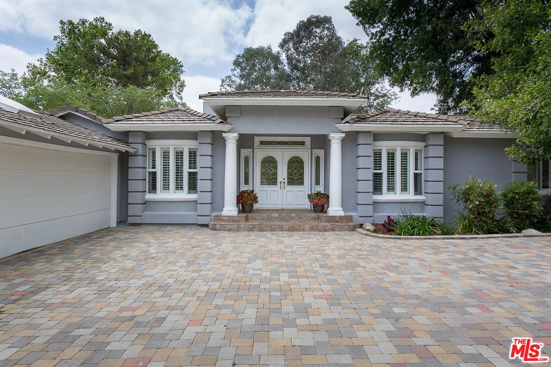 8855 White Oak Avenue Northridge, CA 91325