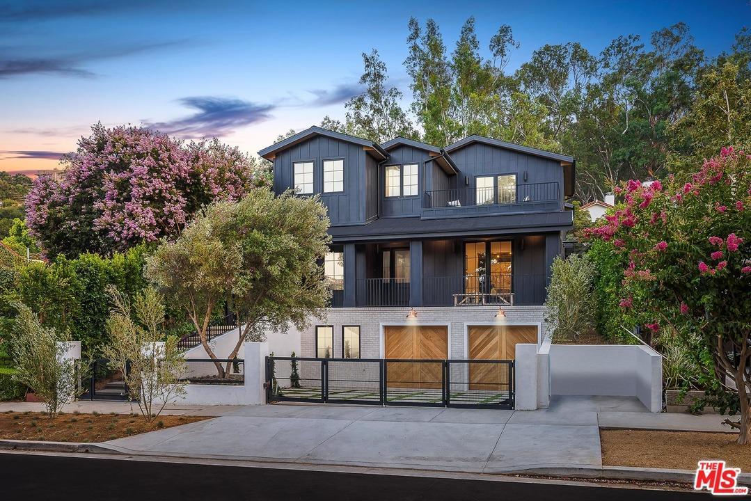 12142 Laurel Terrace Drive Studio City, CA 91604