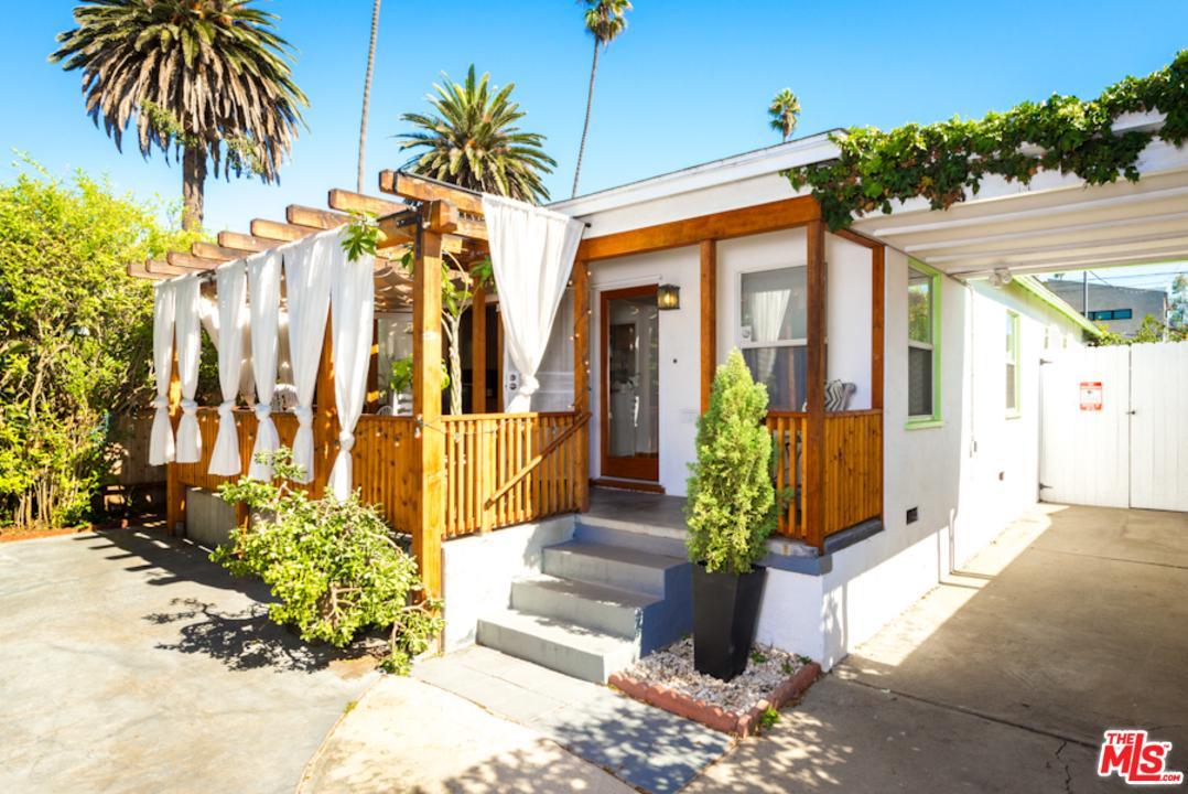 826 Woodlawn Avenue Venice, CA 90291