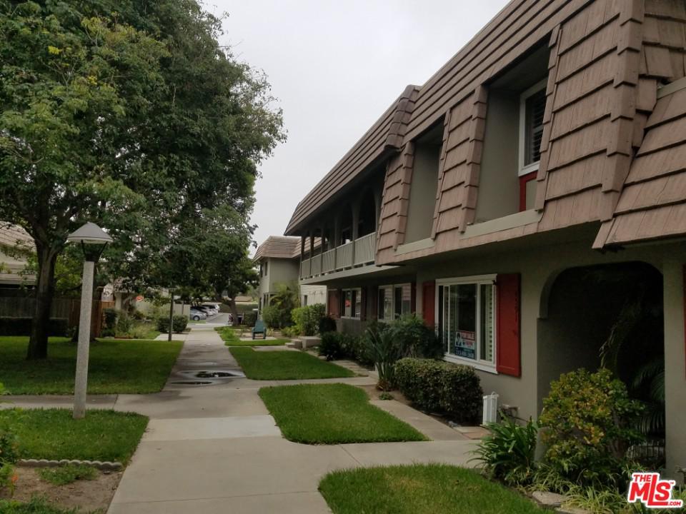 4591 LARWIN Avenue Cypress, CA 90630