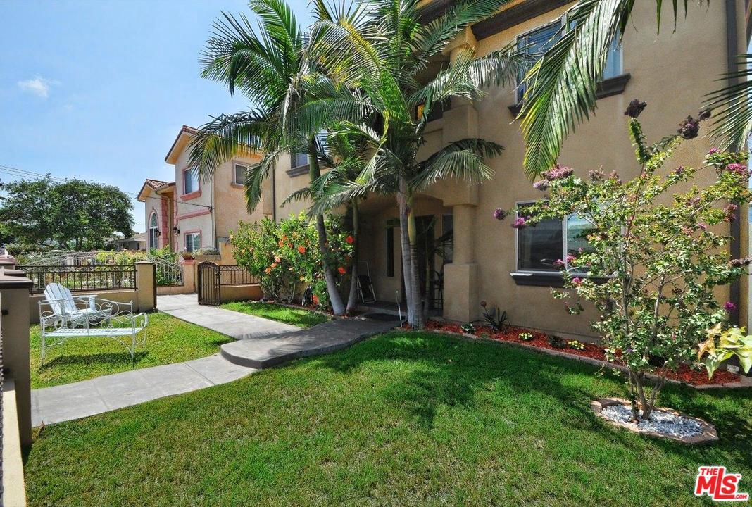 15323 Avis Avenue Lawndale, CA 90260