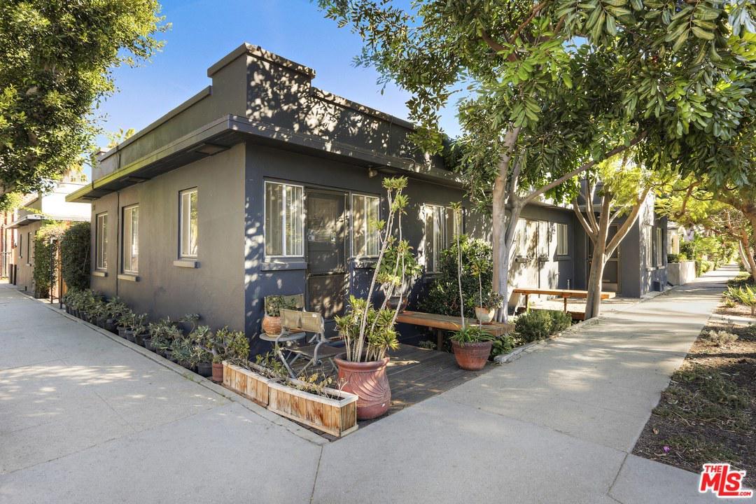 520 Andalusia Avenue Venice, CA 90291
