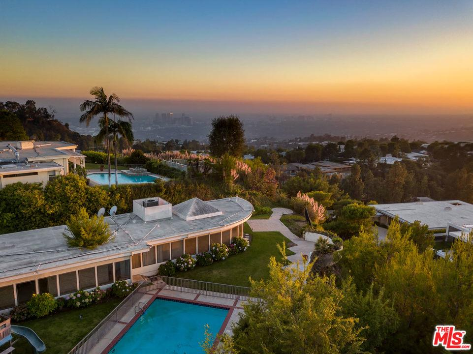 430 WALKER Drive, Beverly Hills in Los Angeles County, CA 90210 Home for Sale