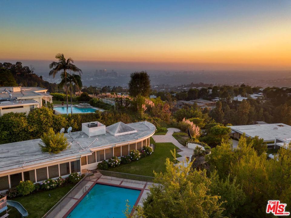 430 WALKER Drive, Beverly Hills, California