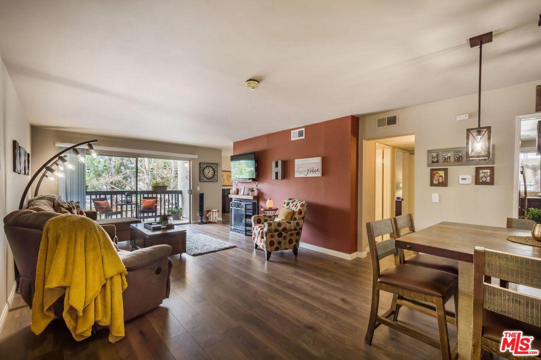 5110 Raintree Circle Culver City, CA 90230