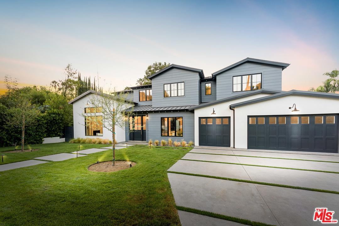 15715 Woodvale Road Encino, CA 91436