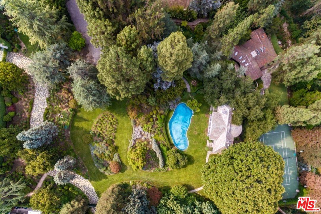 320 DELFERN Drive, Bel Air, California