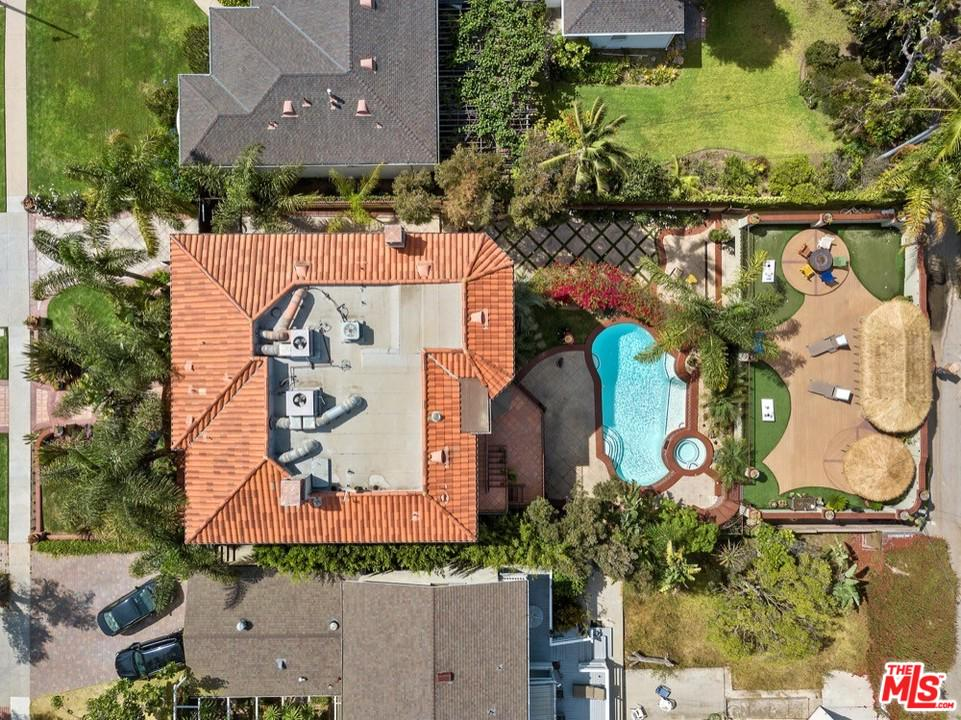 View property for sale at 3564 MOUNTAIN VIEW Avenue, Mar Vista California 90066