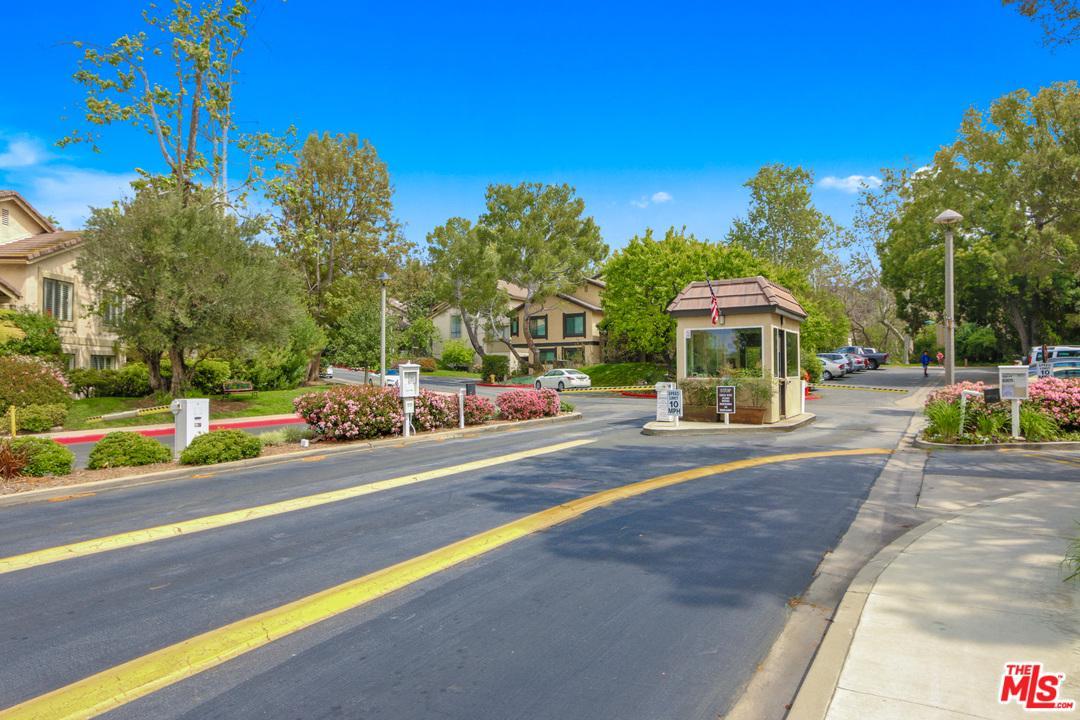 4802 Salem Village Drive Culver City, CA 90230