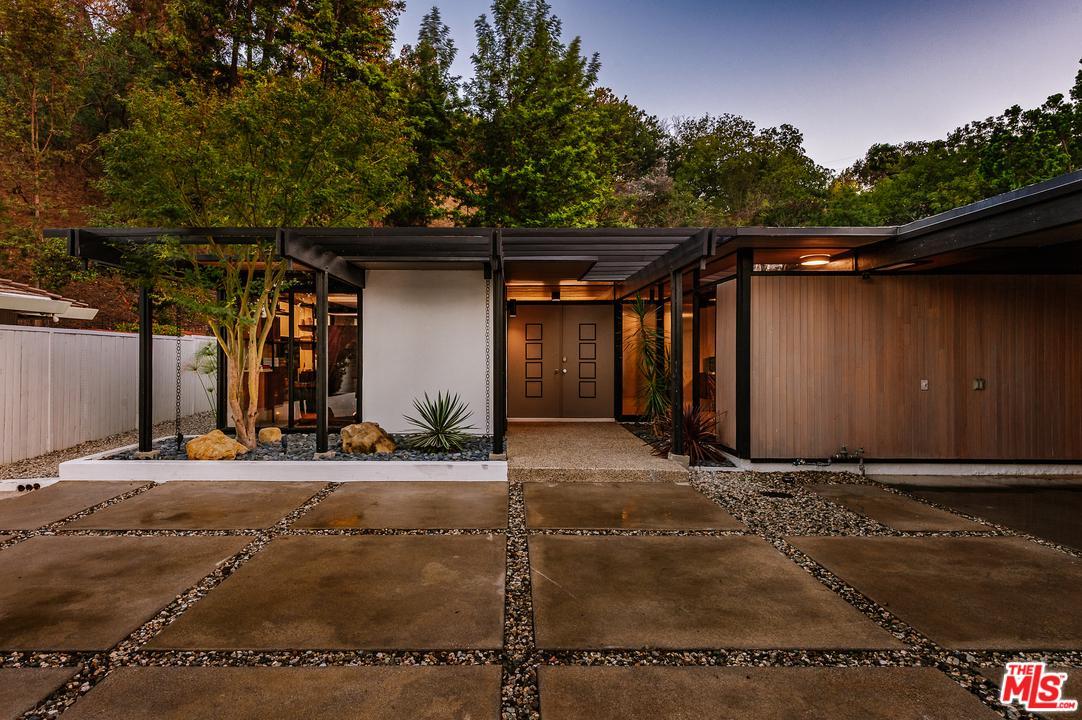 3337 SCADLOCK Lane, Sherman Oaks, California