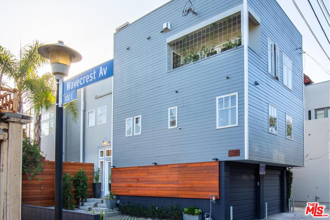 101 Wavecrest Avenue Venice, CA 90291