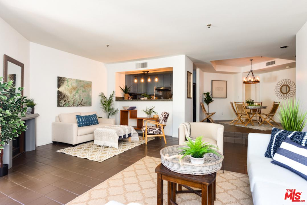 Townhome property for sale at 235 MAIN Street 120, Venice California 90291