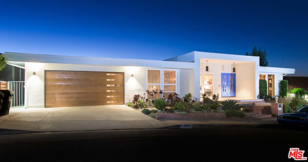14673 Deervale Place Sherman Oaks, CA 91403