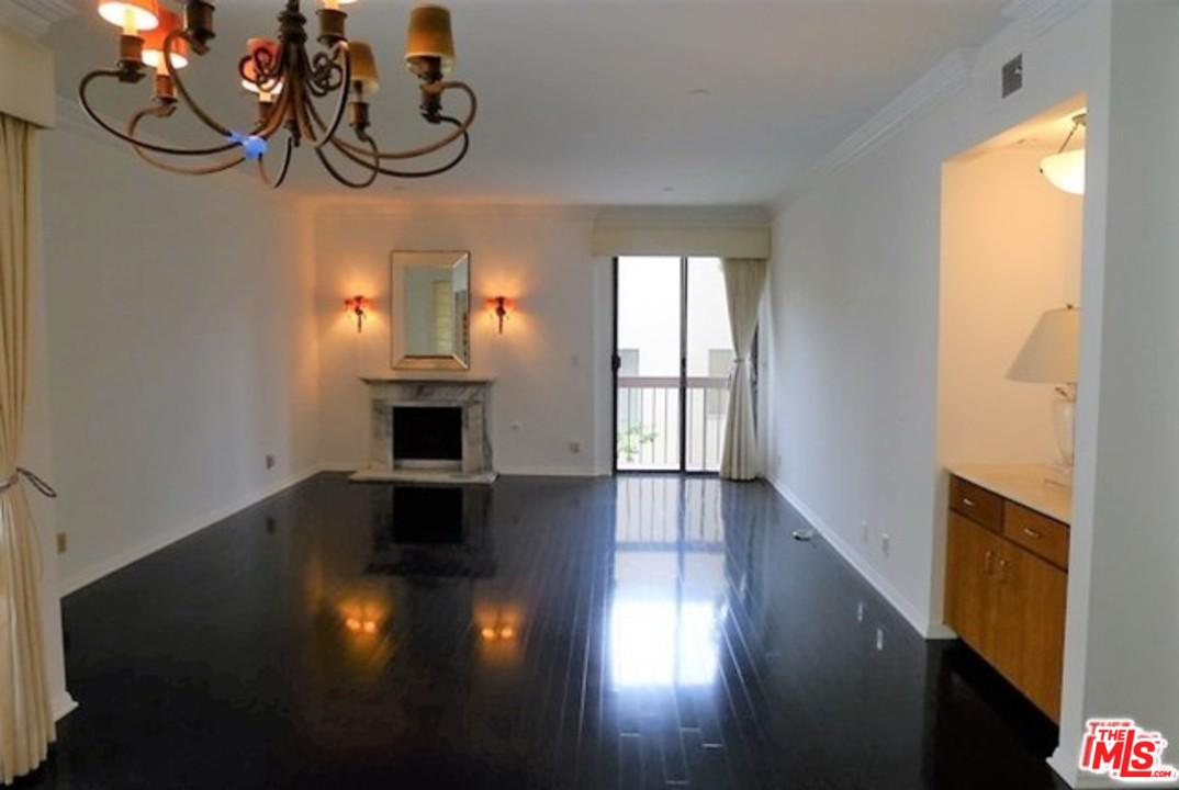 , Beverly Hills in Los Angeles County, CA 90210 Home for Sale