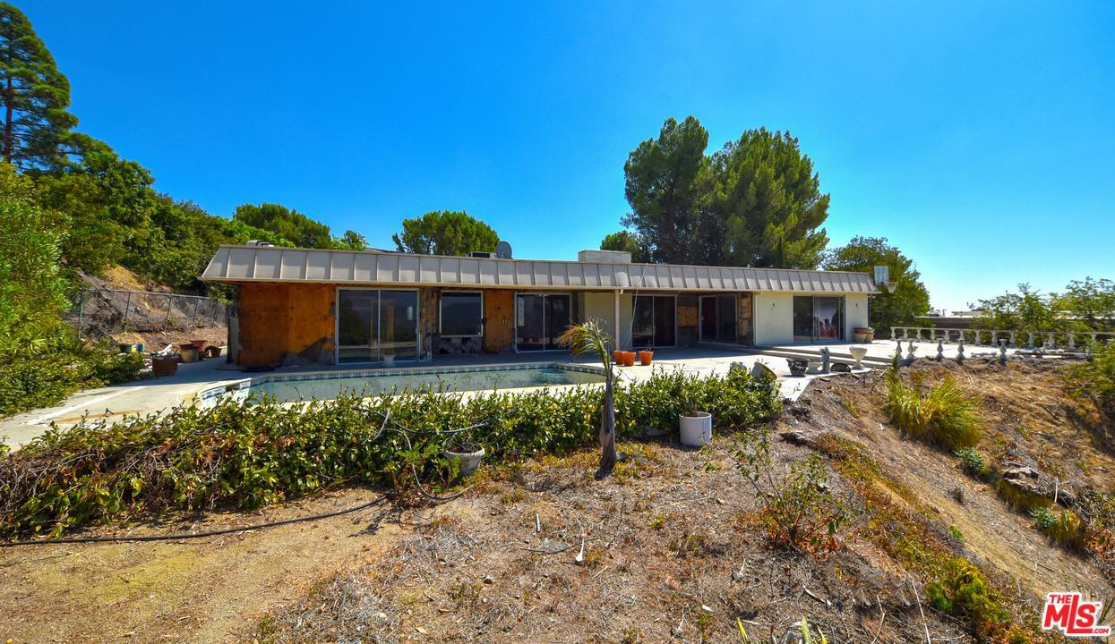1675 CARLA Ridge, Beverly Hills, California