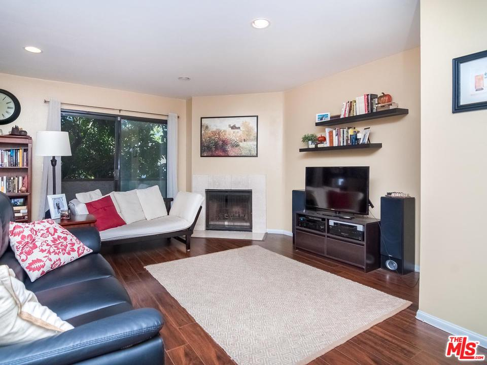 Townhome property for sale at 8516 CADILLAC Avenue, Cheviot Hills California 90034