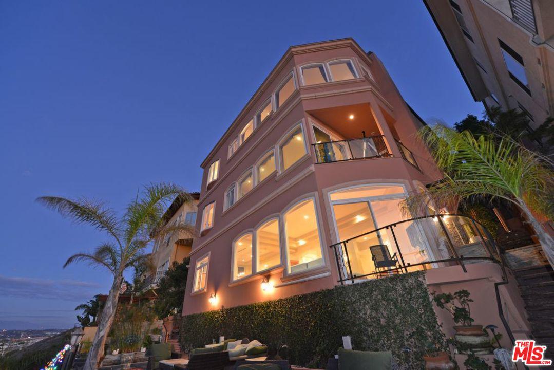 7755 Veragua Drive Playa Del Rey, CA 90293