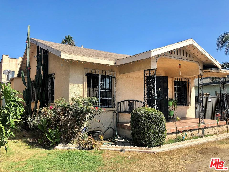 1437 West Gage Avenue Los Angeles, CA 90047