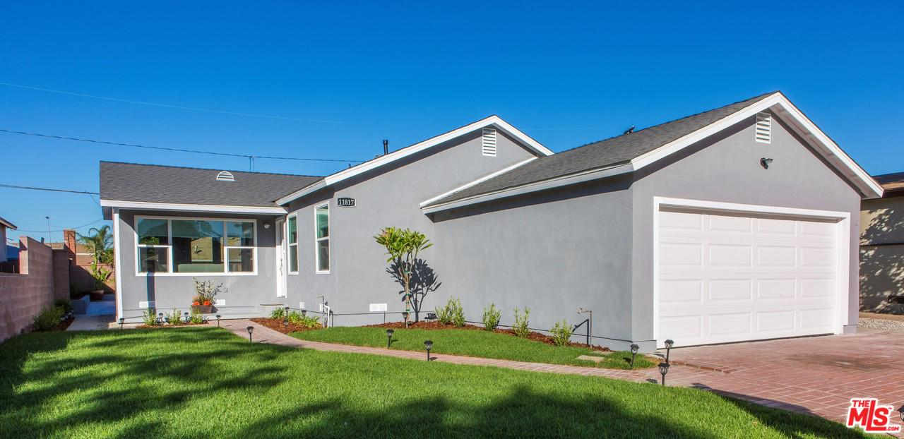 11817 Ardath Avenue Hawthorne, CA 90250