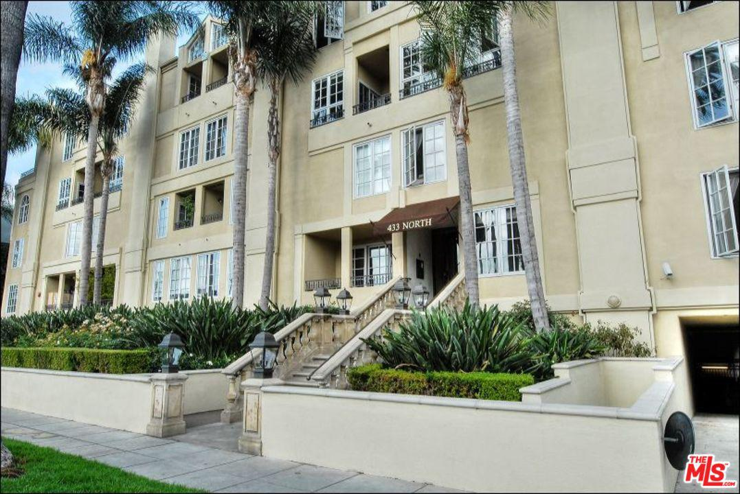 One of Beverly Hills 2 Bedroom Homes for Sale at 433 North DOHENY Drive