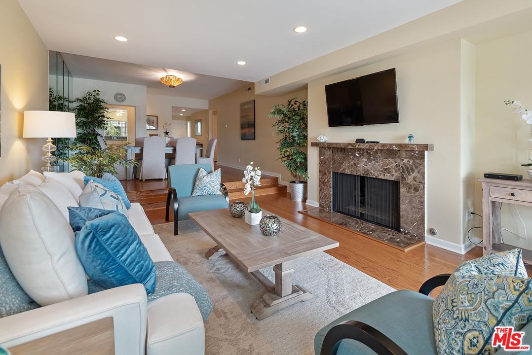Gated property for sale at 13078 MINDANAO Way, Marina Del Rey California 90292