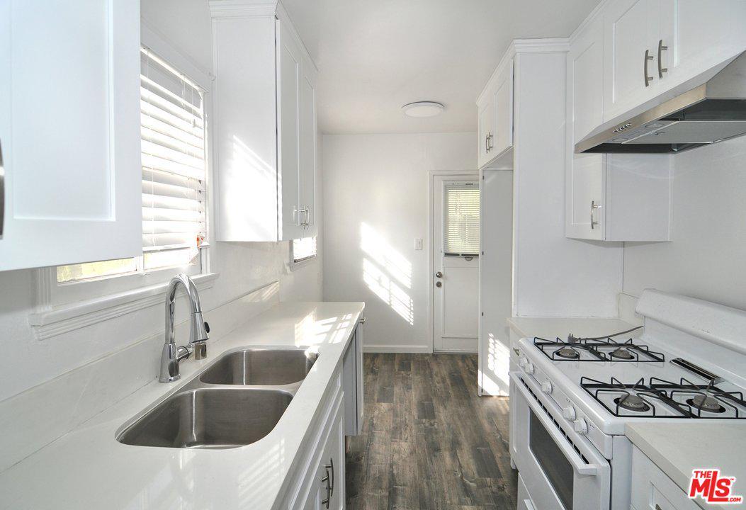 5547 HAZELTINE Avenue, Sherman Oaks in Los Angeles County, CA 91401 Home for Sale