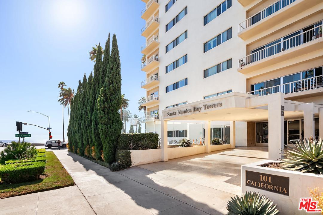 One of Santa Monica 1 Bedroom Homes for Sale at 101 CALIFORNIA Avenue