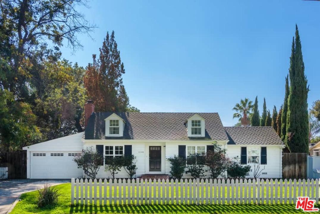 12208 Emelita Street Valley Glen, CA 91607
