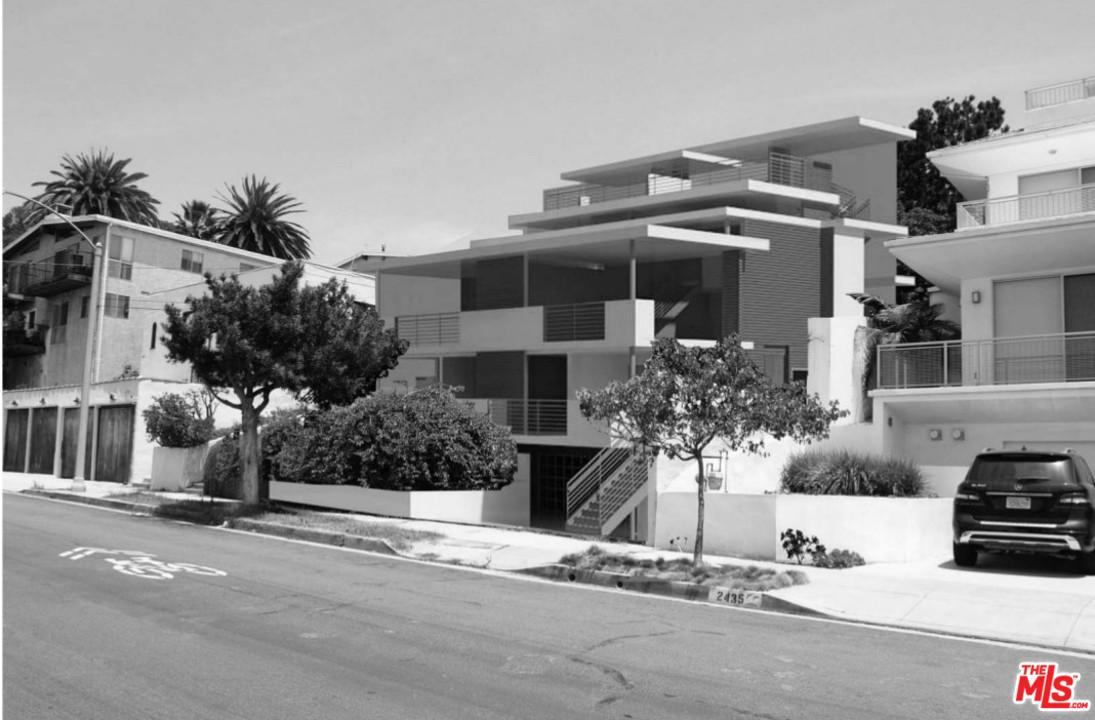 2433 6TH Street, Santa Monica, California