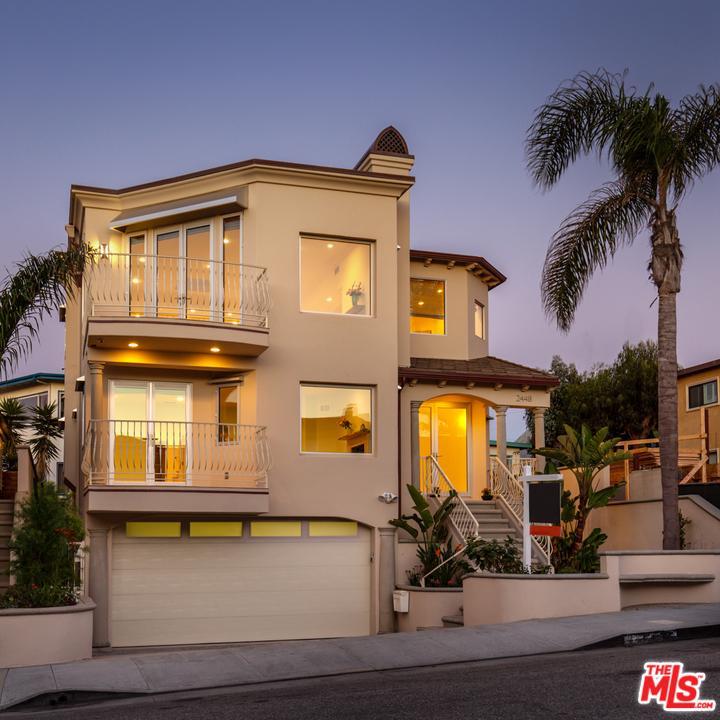 2448 Silverstrand Avenue Hermosa Beach, CA 90254
