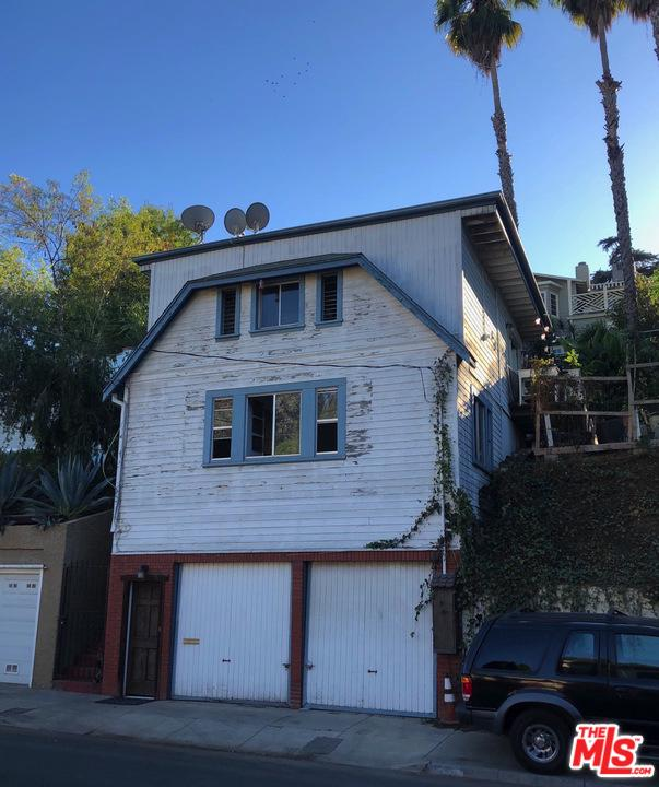 2154 Ivar Avenue Hollywood, CA 90068