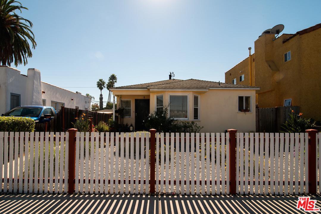 740 Flower Avenue Venice, CA 90291