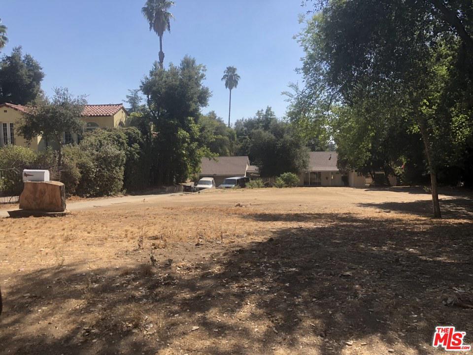 1654 East ALTADENA Drive, Altadena, California