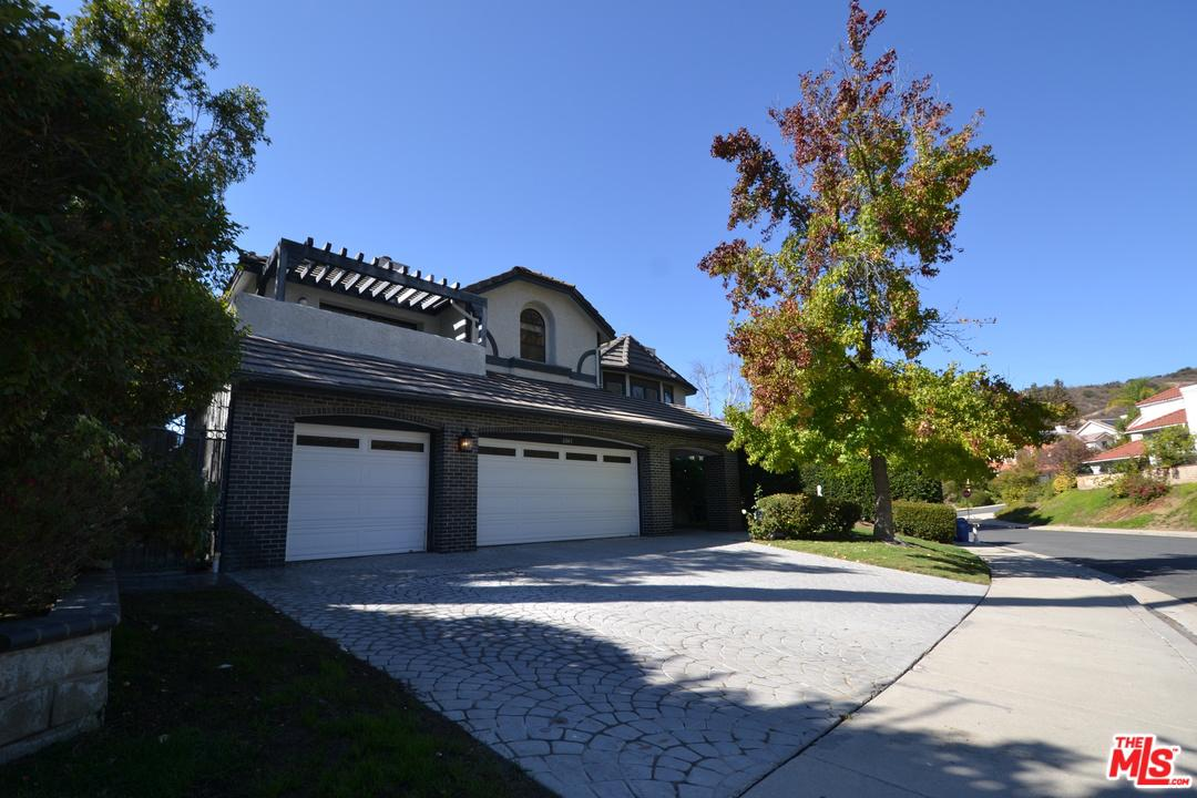 6043 RAINBOW HILL Road, Agoura Hills, California
