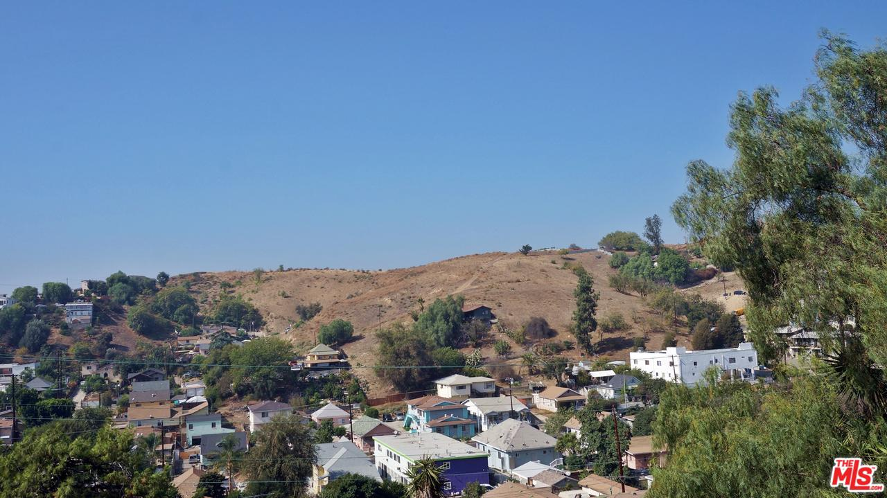 2810 Sierra Street Los Angeles, CA 90031