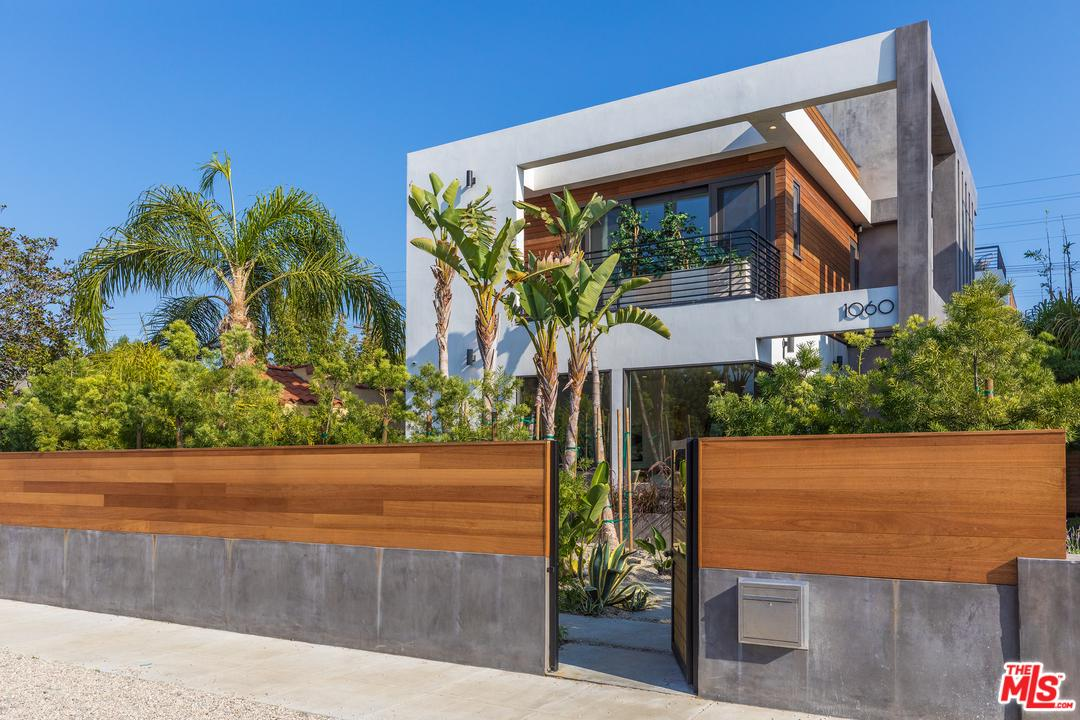 1060 Palms Venice, CA 90291