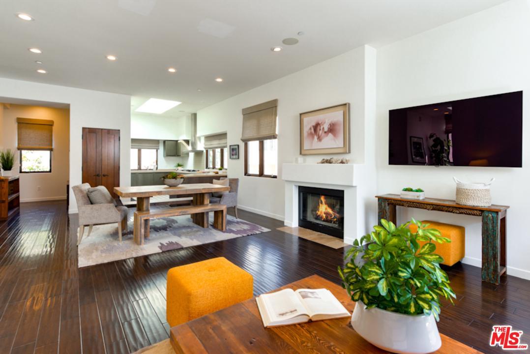 2011 Idaho Avenue Santa Monica, CA 90403